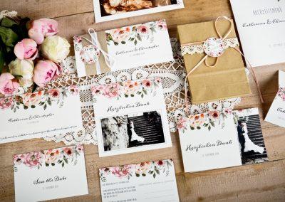 Florale Einladung zur Vinatage Hochzeit Catherina und Christopher - carinokarten