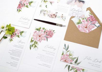Florale Hochzeitspapeterie mit Pfingstrosen Amica und Sofian - carinokarten