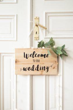 Anleitung für DIY Holzschilder für die Hochzeit